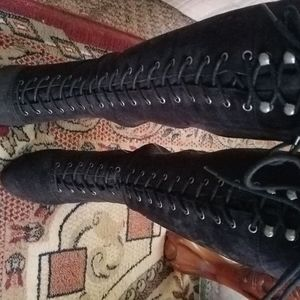 BEAUTIFUL BLACK SOFT SUEDE LACE BOOTS [NOT WORN]